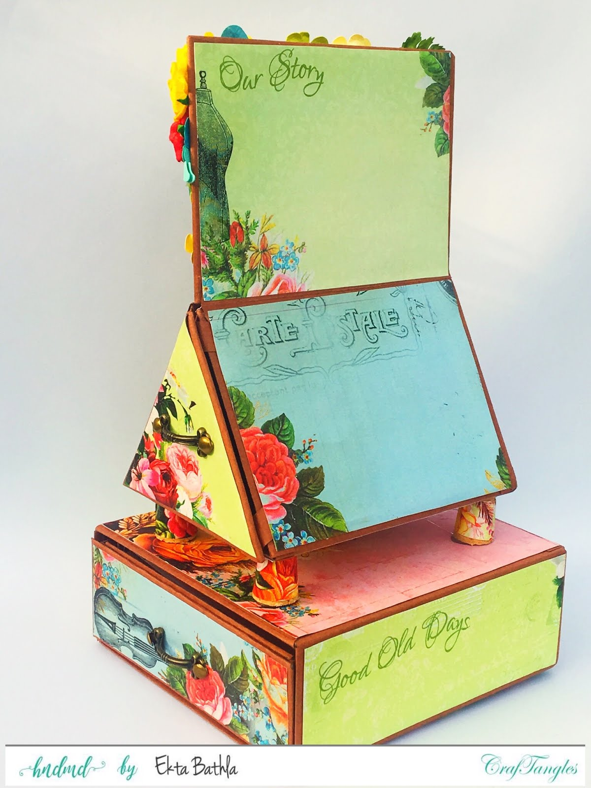 Photo house box with a drawer and an album 2