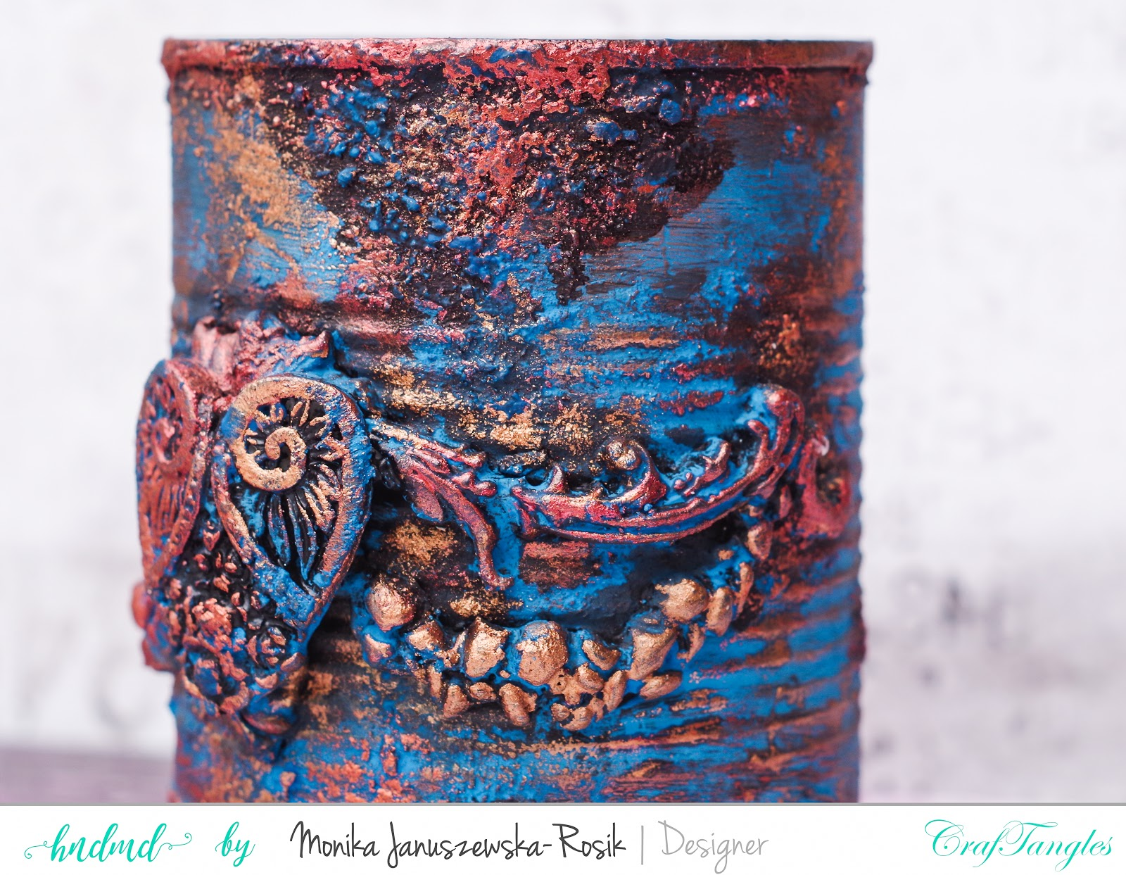 Recycled can with Art Waxes 3