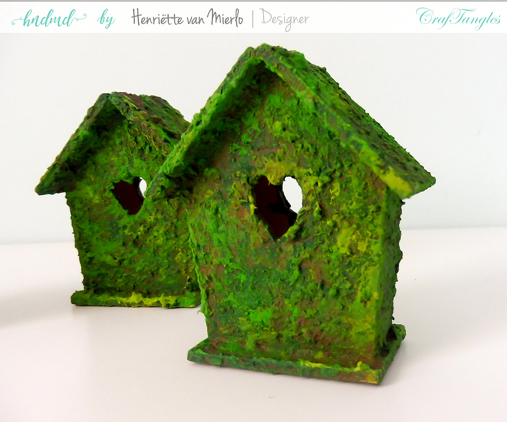 Birdhouses with moss effect paste 3