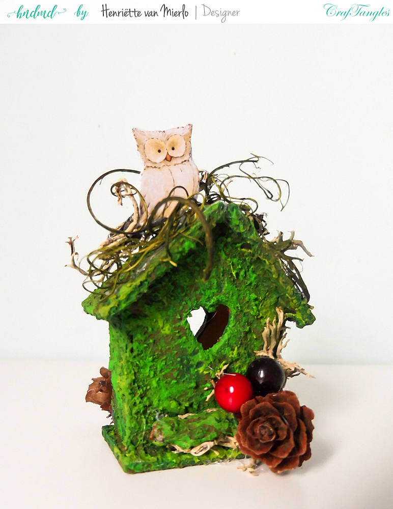 Birdhouses with moss effect paste 7
