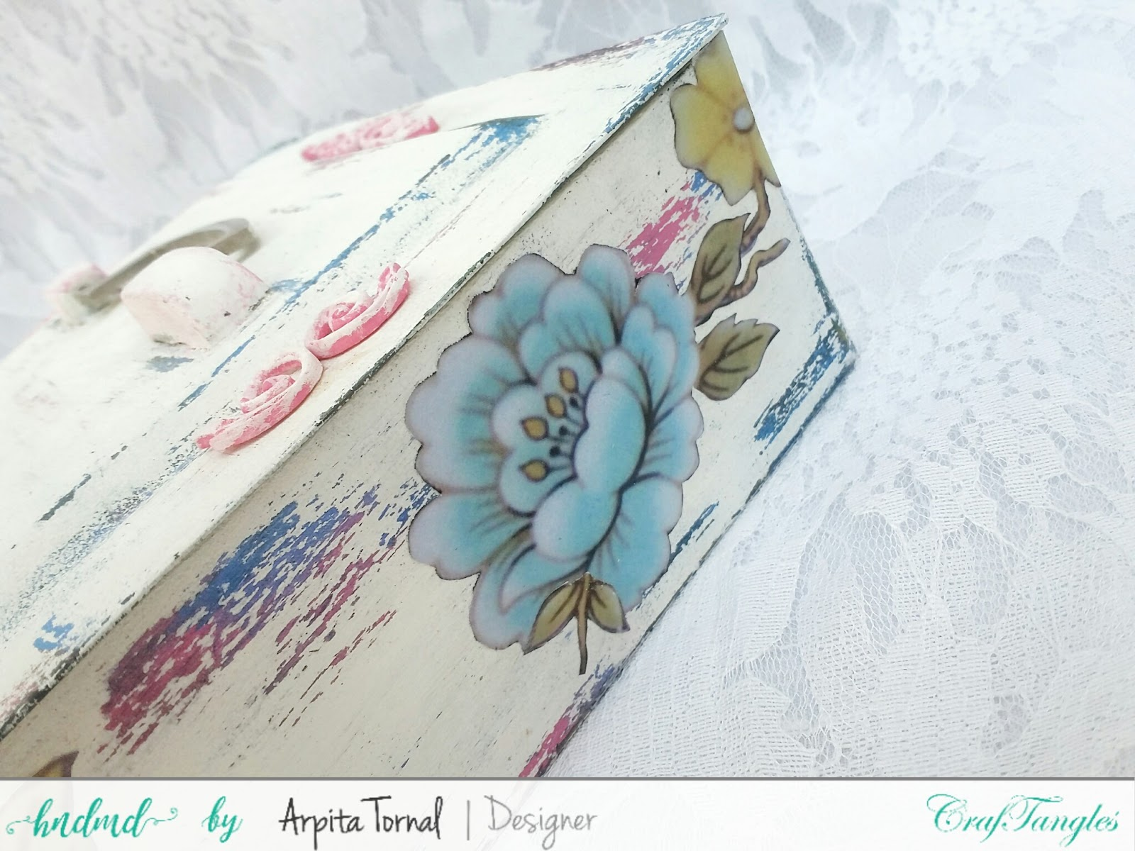 Shabby Chic Metal Trunk 4