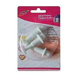 Plastic Fondant Cutter Set with Patterns - Small Hearts