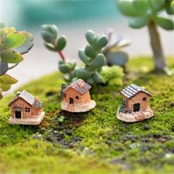 Miniatures - Resin Houses (3 pcs)
