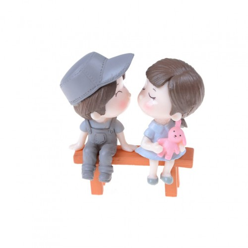 Miniatures - Boy and Girl on Bench (3 pcs)