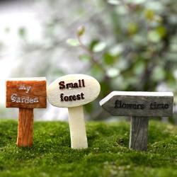 Miniatures - Garden Signs (3 pcs)