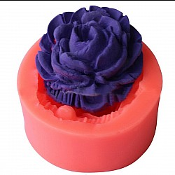 A Single Layered Rose Silicone Clay Mold