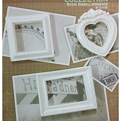 Resin Embellishments by Eno Greetings - Design 8