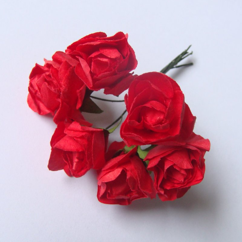 paper roses buy Mini paper roses adorable, petite, natural looking paper roses available in a variety of colors in 2 sizes.