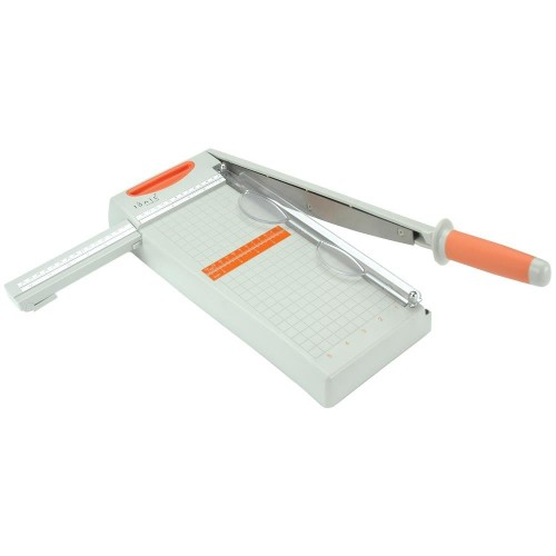 Tonic Studios Guillotine Trimmer 12 by 6 inches